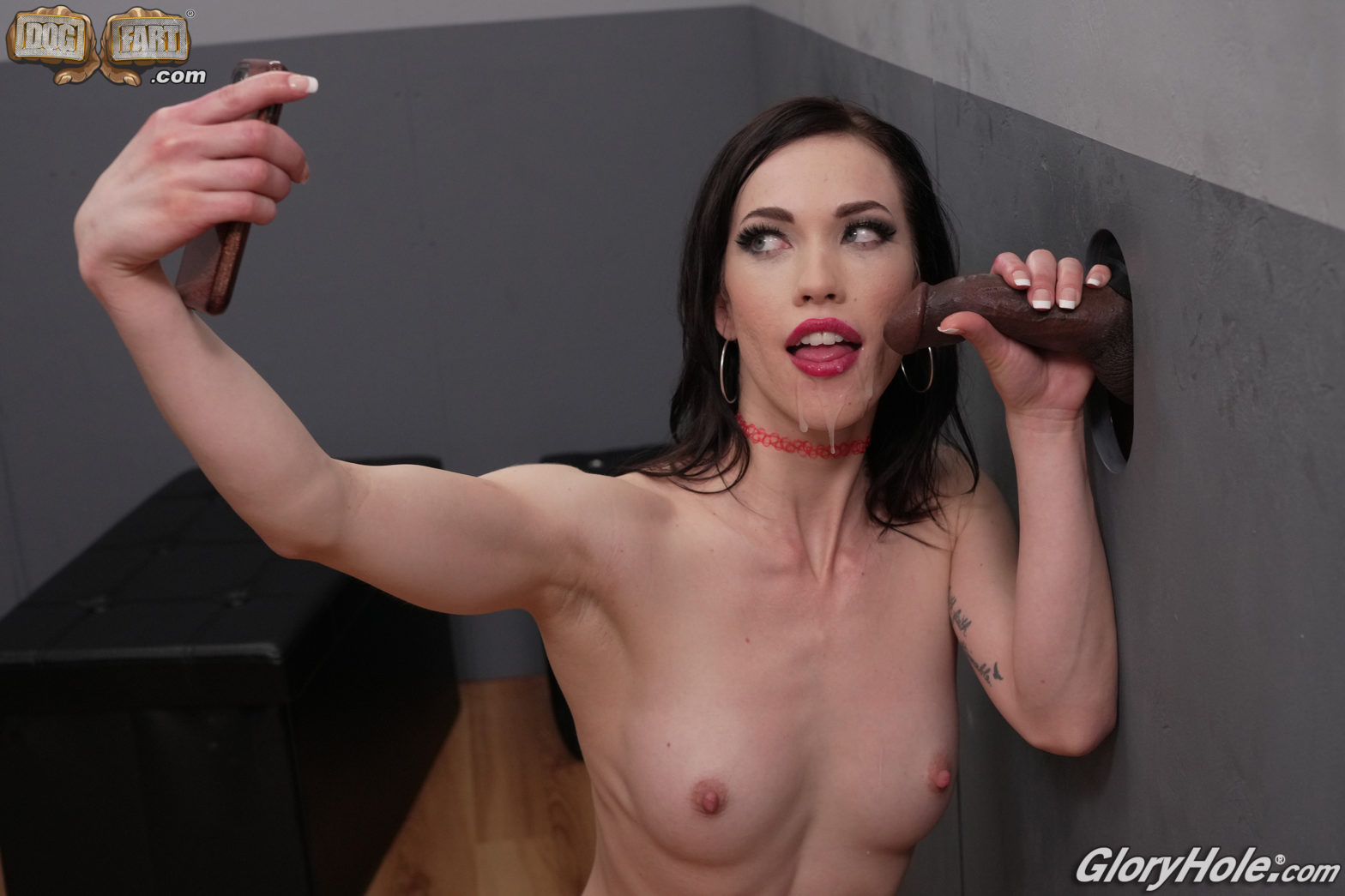 Diana Grace taking a cumshot selfie